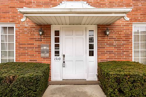 1510 Plymouth Unit 2E, Glenview, IL 60025