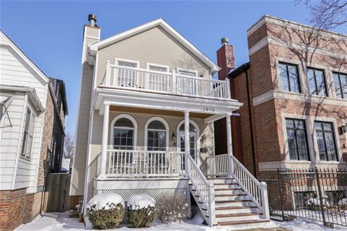 1910 W Barry, Chicago, IL 60657 West Lakeview