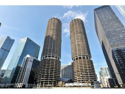 300 N State Unit 4807, Chicago, IL 60654 River North