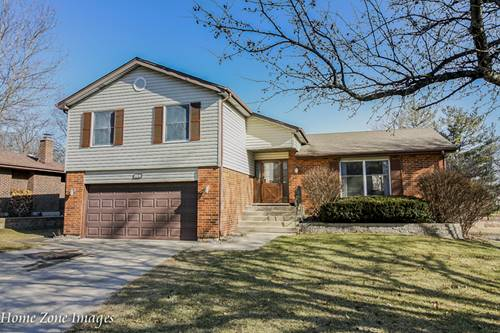 4469 Brittany, Lisle, IL 60532