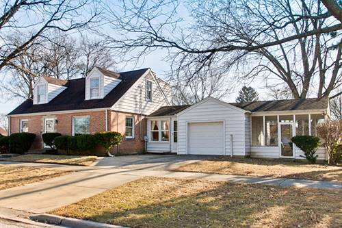 220 N Prospect Manor, Mount Prospect, IL 60056