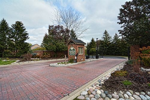 LOT 1 Tall Oaks, Elgin, IL 60123