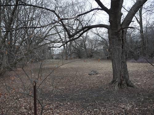 715 W Hill, Palatine, IL 60067