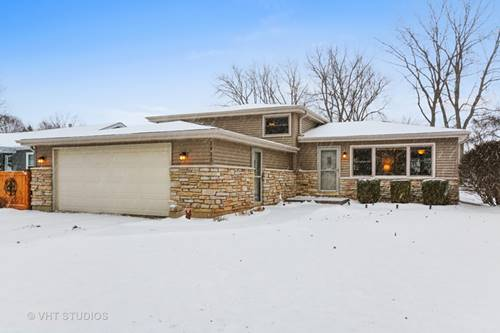 1925 Moore, St. Charles, IL 60174