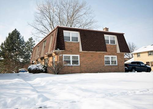 121 S Whispering Hills Unit A, Naperville, IL 60540