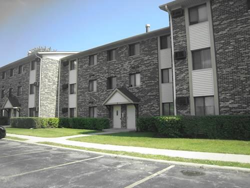 3 Parkside Unit 16, Vernon Hills, IL 60061