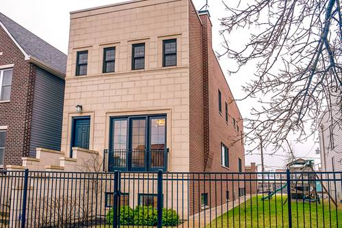 541 N Artesian, Chicago, IL 60612