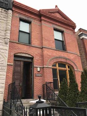 3226 S Prairie, Chicago, IL 60616