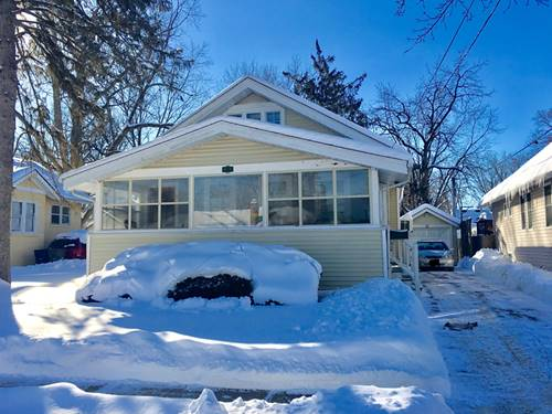 871 Van, Elgin, IL 60123