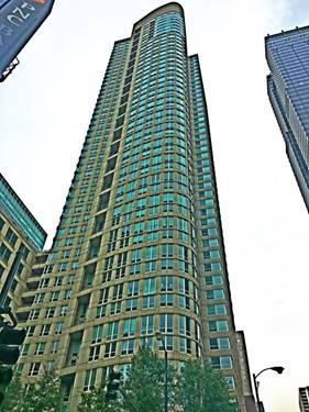 345 N La Salle Unit 1807, Chicago, IL 60654 River North