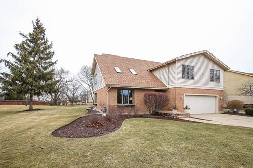 704 Galway, Prospect Heights, IL 60070