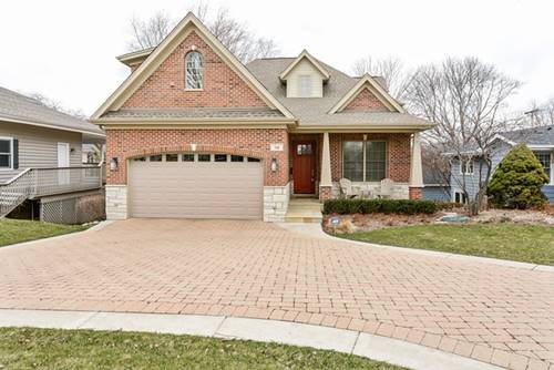 516 E Hillside, Barrington, IL 60010