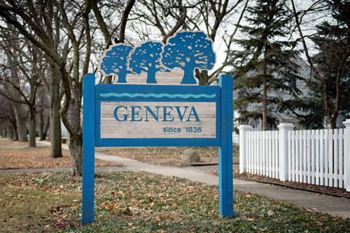 1718 Kaneville, Geneva, IL 60134