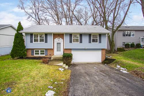 10 Wander, Lake In The Hills, IL 60156
