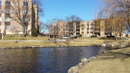 500 W Huntington Commons Unit 255, Mount Prospect, IL 60056