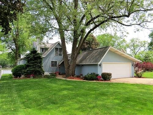 2210 Orchard Beach, Mchenry, IL 60050