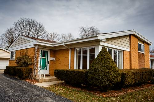 10818 Windsor, Westchester, IL 60154