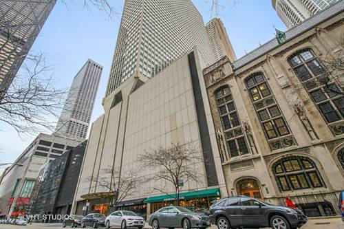 111 E Chestnut Unit 27K, Chicago, IL 60611 Gold Coast
