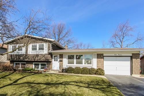 814 W Burr Oak, Arlington Heights, IL 60004