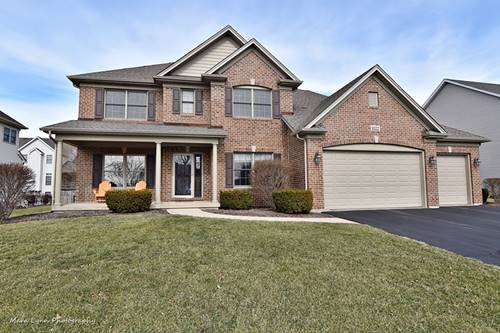 1122 Citizen, Elburn, IL 60119