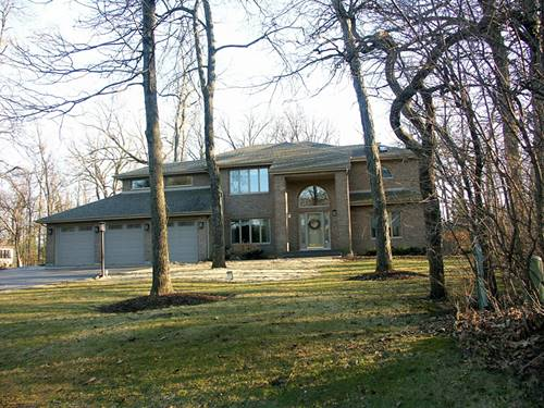 2704 Whiting, Mchenry, IL 60050