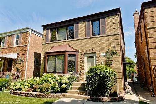 2950 W Jarvis, Chicago, IL 60645