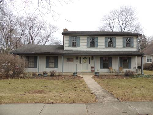 307 S Wulff, Cary, IL 60013