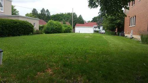 3708 W Albion, Lincolnwood, IL 60712