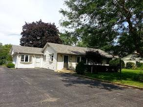 13 Deer Path, Lake In The Hills, IL 60156