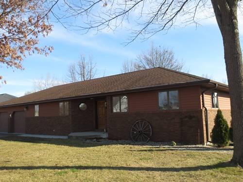 77 Glenbrook, Fisher, IL 61843