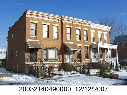 656 E Bowen, Chicago, IL 60653