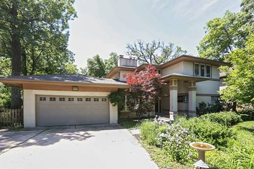 8 Woodridge, Oak Brook, IL 60523