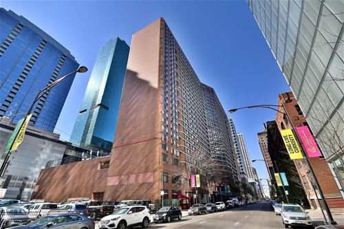 211 E Ohio Unit 2721, Chicago, IL 60611 Streeterville