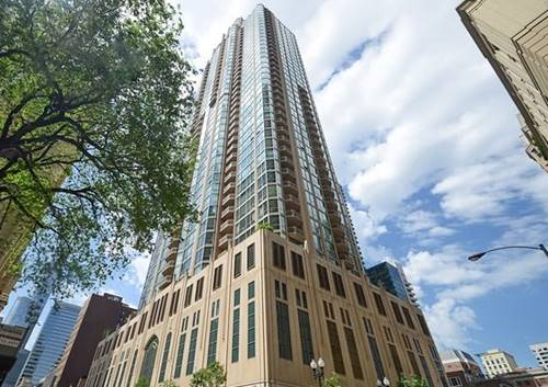21 E Huron Unit 3302, Chicago, IL 60611 River North