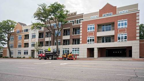1202 Waukegan Unit 405, Glenview, IL 60025