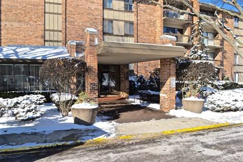 301 Lake Hinsdale Unit 208, Willowbrook, IL 60527