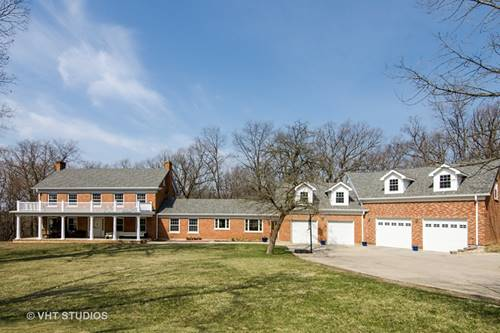 711 Council Hill, East Dundee, IL 60118