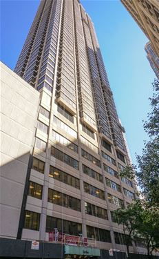 30 E Huron Unit 1406, Chicago, IL 60611 River North