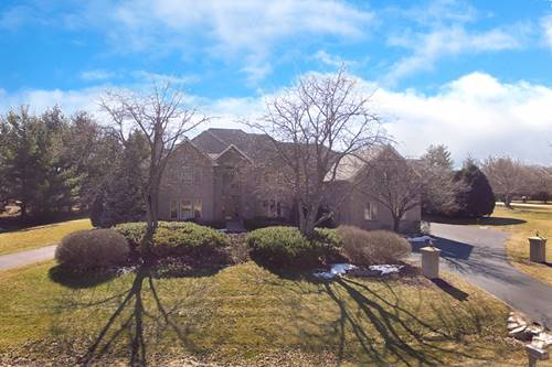 28 Copperfield, Hawthorn Woods, IL 60047