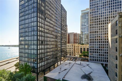 900 N Lake Shore Unit 2601, Chicago, IL 60611 Streeterville