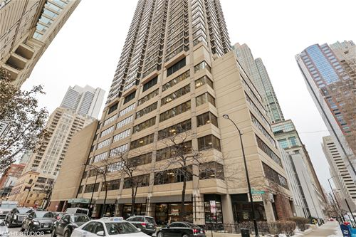 30 E Huron Unit 3810, Chicago, IL 60611 River North