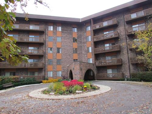 120 Lakeview Unit 302, Bloomingdale, IL 60108