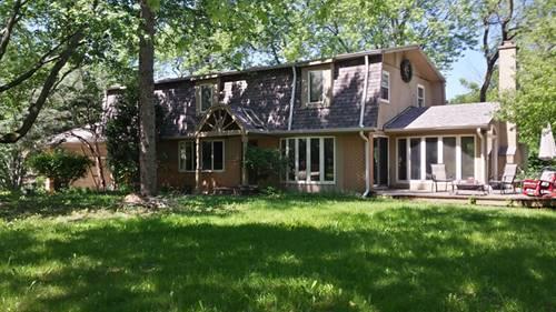 452 W Oakwood, Barrington, IL 60010
