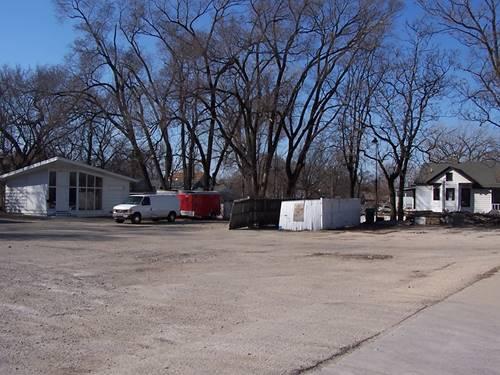 355-375 S Chicago, Joliet, IL 60436