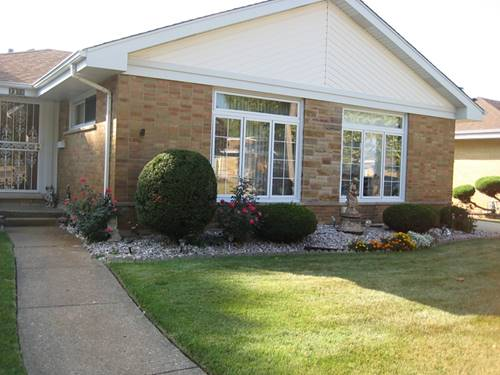 2308 Boeger, Westchester, IL 60154