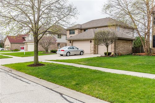 8946 Oxford, Woodridge, IL 60517
