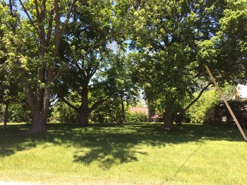 4128 Lake Park, Gurnee, IL 60031