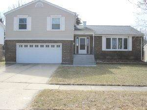 109 Patricia, Streamwood, IL 60107
