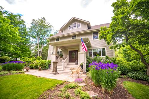 352 W Woodstock, Crystal Lake, IL 60014