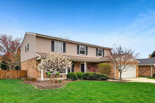 2623 N Brighton, Arlington Heights, IL 60004